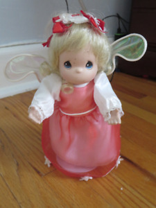 1999 Precious Moments 8' Blonde July Birthday Angel Doll