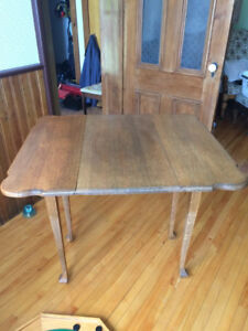 Wooden drop leaf tables
