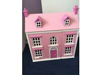 Dolls house and matching garage