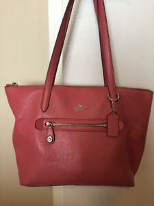 COACH BAG FOR SALE -NEW_