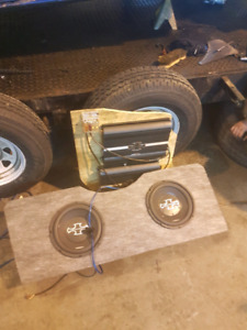 "2 10"" subs with amps"