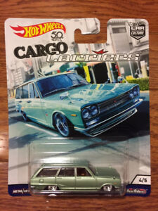 Hot Wheels Cargo Carriers - Nissan Skyline C10 Wagon