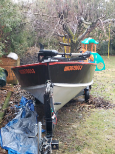 16ft deep v boat with tilt trailer