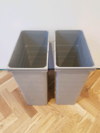 Pull-out kitchen bin (2x42 litre. 600mm