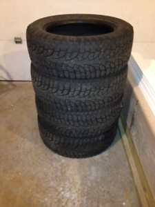 SUV Tires - Pirelli Winter Carving Edge 255/55R18 109T