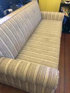 Stripped pull-out couch