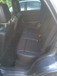 2011 Ford Escape XLT FWD. Certified and emissions tested  Cambridge Kitchener Area image 10