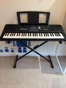 Yamaha keyboard PSR E333 Plus Stand & Power Adapter
