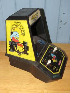 2x    Pacman Tabletop Games Peterborough Peterborough Area image 7