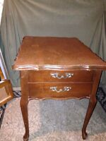 Queen anne style end table
