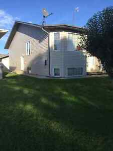 Newly renovated 3 bdrm in Hay Lakes