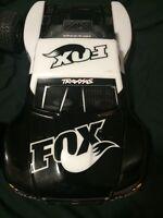 Traxxas slash 4x4 VXL fox edition
