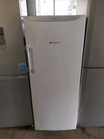WHITE HOTPOINT 5FT TALL UPRIGHT FROST FREE FREEZER