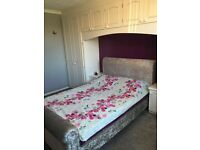Room 4 rent £300 PM just for female or couple in Oldbury B69 1AY