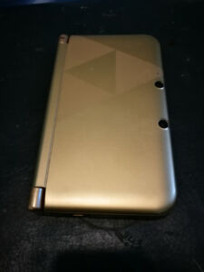 Gold Nintendo 3DS XL + Games