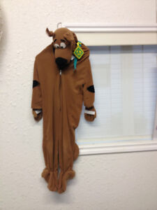 Full Length Scooby Doo Halloween costume. Size small