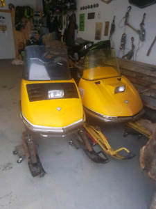 1971 and 1972 Skidoo okumpiques