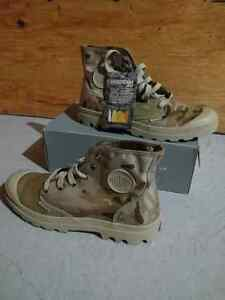 Mens Camo Boots Size 11.5 New In Box