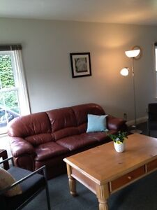 Walk to UWO close to Western campus 2 bedrooms for May lease London Ontario image 3