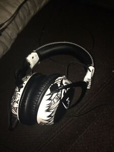 Hyperx cloud 2 headphones brand new