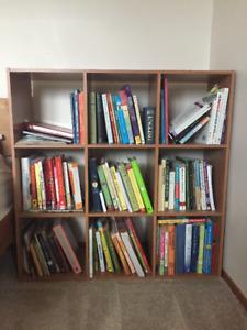 2 Cube bookshelves/organisers 9 squares light brown