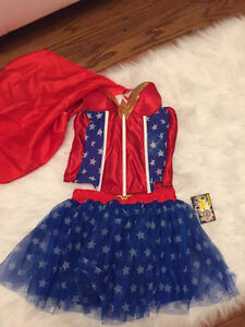 Women wonderwoman halloween costume  BRAND NEW