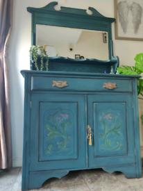 Stunning handpainted sideboard / dresser with mirror