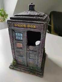 Dr who police box fish tank ornament
