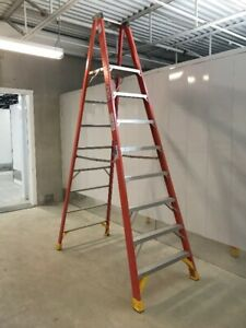 8' Fiberglass Platform Step Ladder 300 lb. Capacity