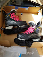 Bauer Supreme 150 Junior Skates Sz 4.0