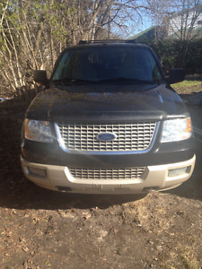 2005 Ford Expedition RSC SUV, Crossover