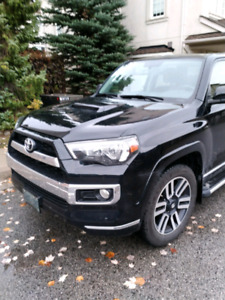 Swap Toyota 4 runner hood with out scoop for one with hood