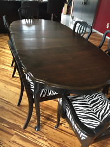 French Provincial Dining Table with 6 Chairs