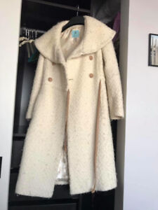 ***WHITE XS MARCIANO JACKET IN PERFECT CONDITION***