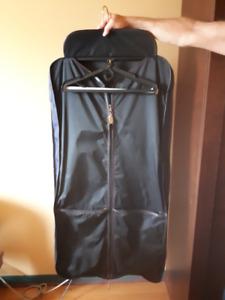 Concept V Travel Garment Bag/ Housse à vêtements Concept V