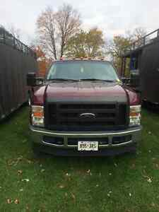 2008 Ford F-350 XL Pickup Truck London Ontario image 1