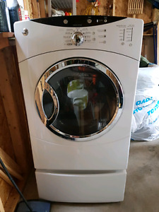 GE dryer for sale 200$