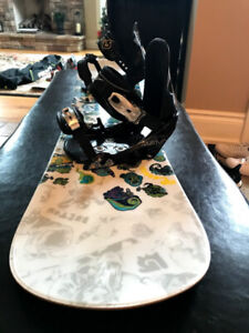 Burton Chopper Unisex Snowboard 10/10 with Boots and Bag
