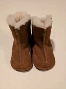 UGGs winter boots - baby 12 months