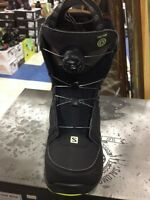 NEW & USED SNOWBOARD BOOTS