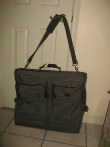 Garment Shoulder Bag  / Carry On Rolling Luggage