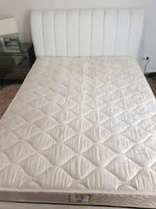 Sealy Metro Queen Size mattress
