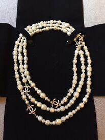 Chanel pearl and gold necklace