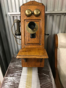 ANTIQUE WALL PHONE CIRCA 1909