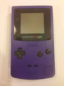 *****NINTENDO GAME BOY COLOR VIOLET / PURPLE NINTENDO GAMEBOY COLOUR + JEUX/GAMES A VENDRE/FOR SALE!*****