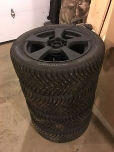 WINTER TIRES- Brand new set of Hakkapeliitta 8 225/50R17s