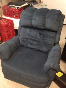 Fauteuil Elran inclinable  West Island Greater Montréal image 1