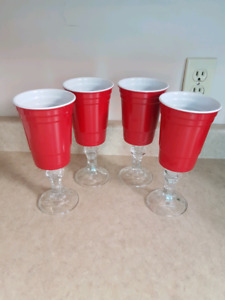 Redneck Red  Solo wine beer party cups