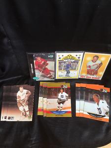 Lot of 12 Gordie Howe hockey cards cartes de hockey