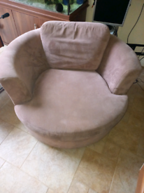 Revolving Cuddle swivel Chair DFS only £125. RBW Clearance Outlet Leic